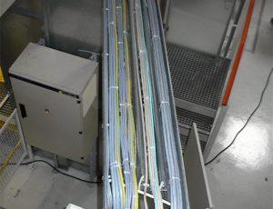 installation-kabelwege-und-kabel-fuer-eine-automobilfirma-1